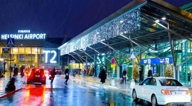 Такси около терминала, аэропорт Хельсинки
