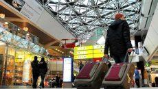 Потеряться в аэропорту Тегель невозможно: информационные табло буквально на каждом шагу