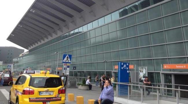Такси в аэропорту Варшавы, Польша