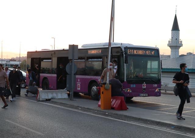 Автобус из аэропорта Сабиха Гекчен