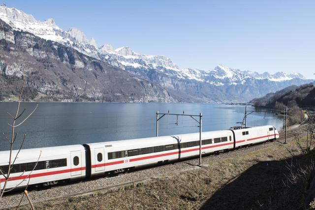 Поезд в Швейцарии