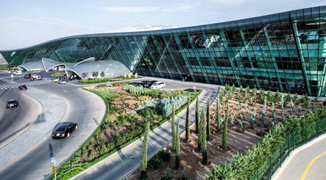 Азербайджанский аэропорт, Баку