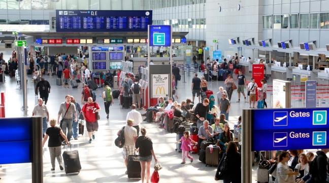 В терминале франкфуртского аэропорта