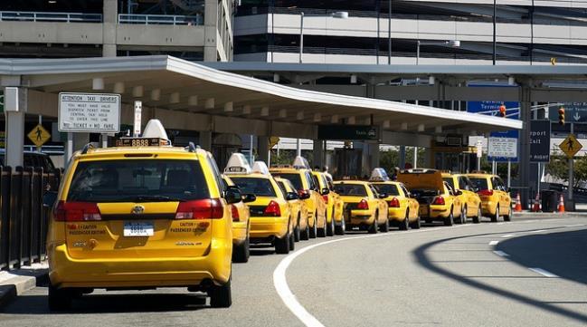 из аэропорта Нью-Йорка на такси