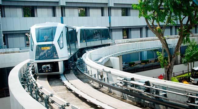 Skytrain в аэропорту Чанги