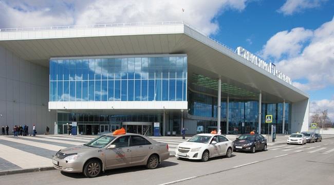 Из аэропорта Стригино на такси