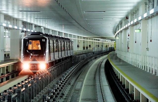 метро в аэропорту Дубая