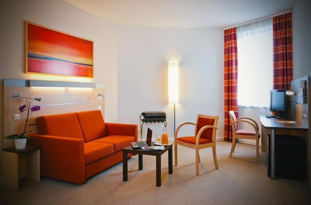 отель Vienna House Easy Bratislava