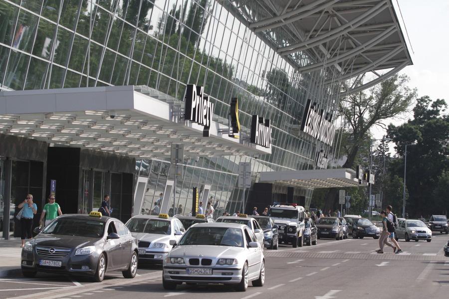 такси в аэропорту Братиславы