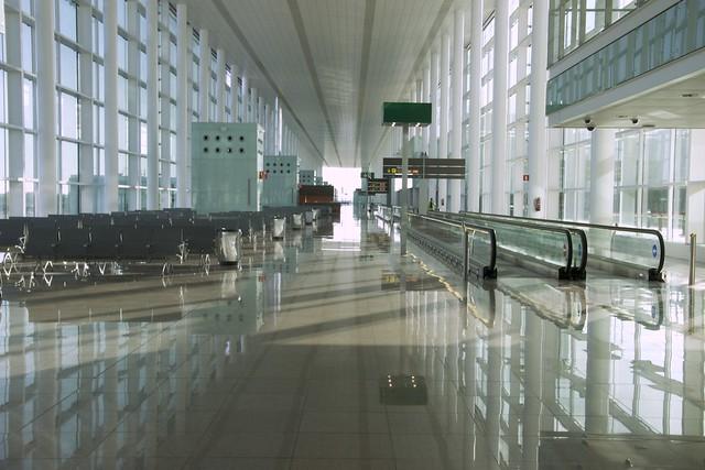 аэропорт Эль-Прат