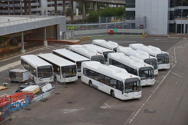 автобусы в аэропорту Гатвик