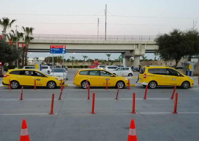 Стоянка такси в Турции