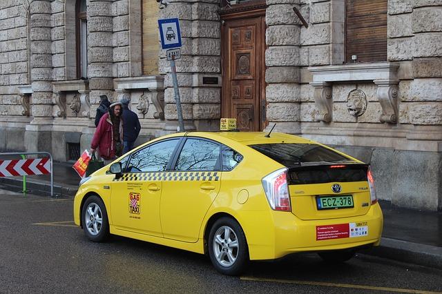 Желтое такси в Будапеште