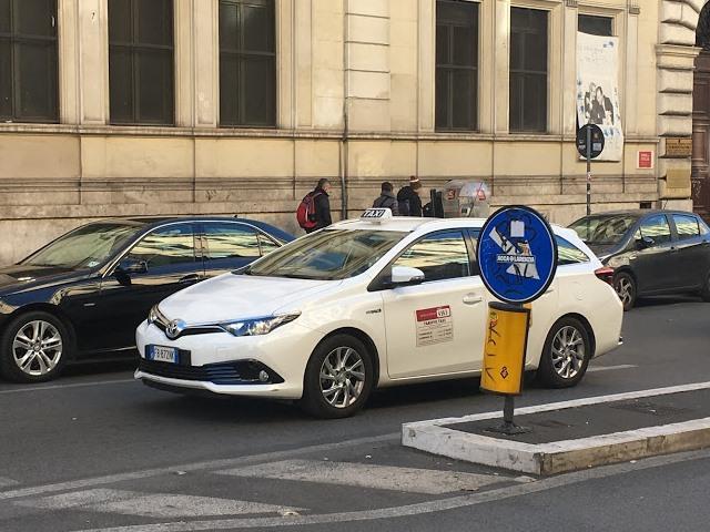 Как вызвать такси в риме