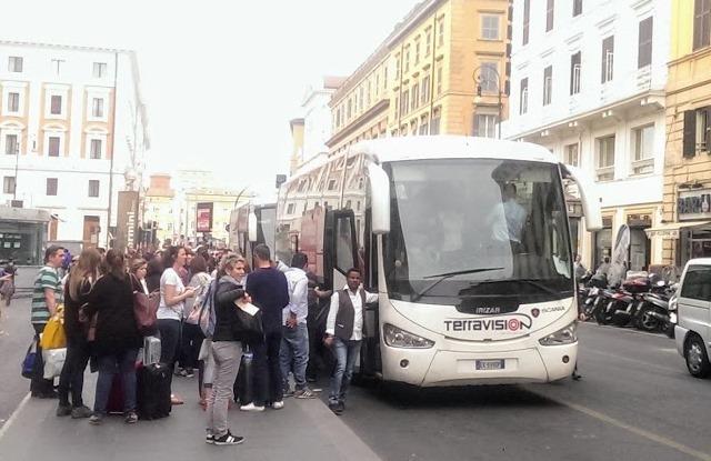 Автобус из аэропорта Фьюмичино до Рима