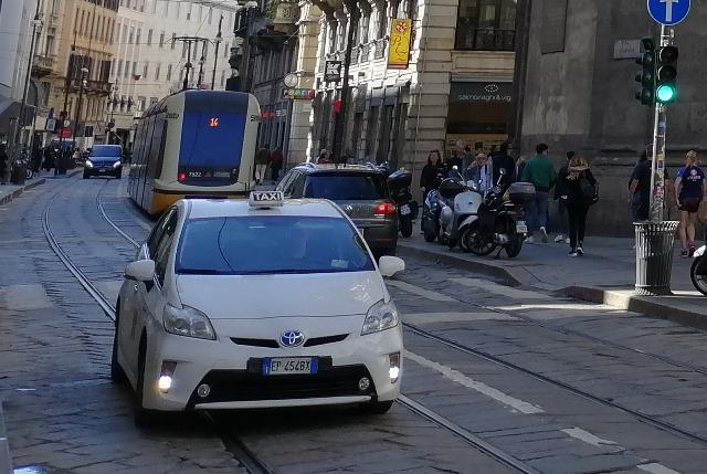 Стоимость такси в Милане