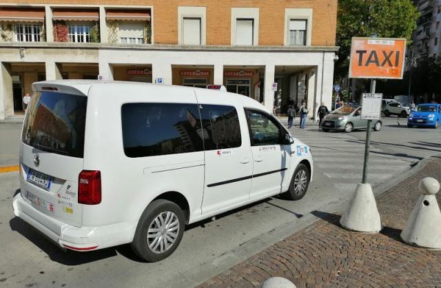 Такси из Тревизо до Венеции