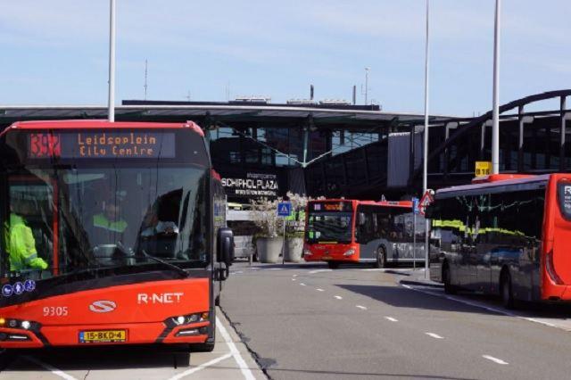 Автобус из аэропорта Амстердама