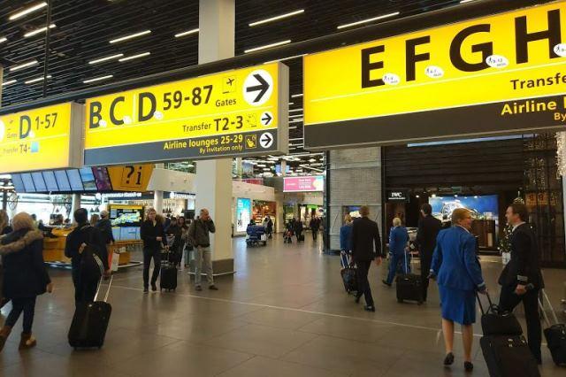 Аэропорт Амстердама внутри
